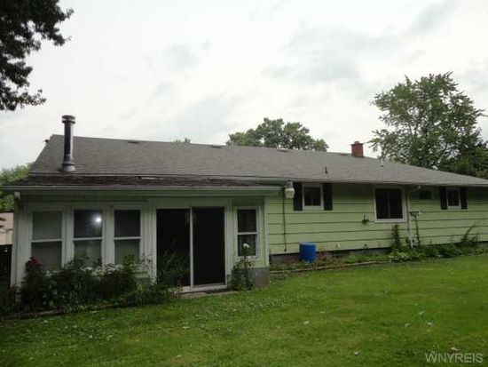 6534 Slayton Settlement Rd, Lockport, NY 14094