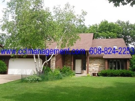 5 Pintail Cir, Madison, WI 53717