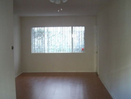 3656 Dunn Dr APT 2, Los Angeles, CA 90034