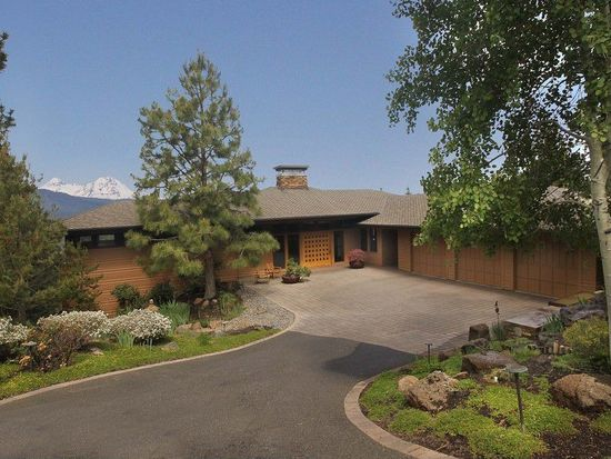 2937 NW Fitzgerald Ct, Bend, OR 97701