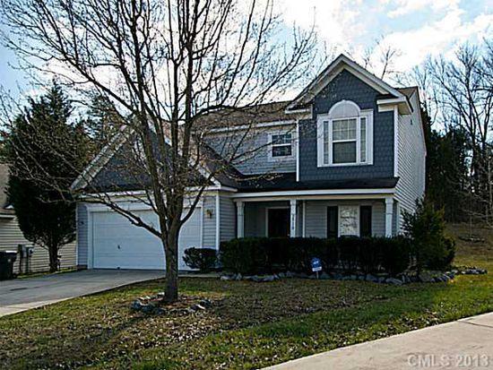 2910 Crawford Brook Ln, Charlotte, NC 28269