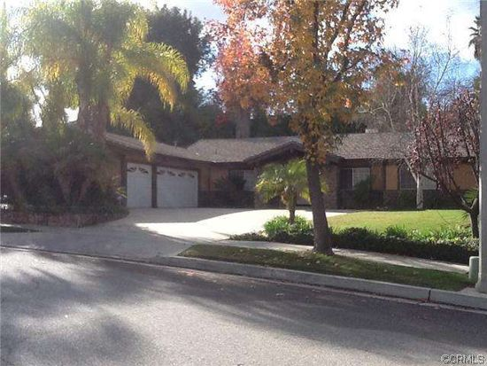 618 Valley View Dr, Redlands, CA 92373