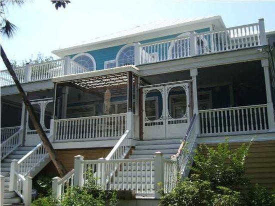 116 Hudson Ave, Folly Beach, SC 29439