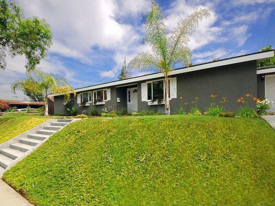 20538 Tiara St, Woodland Hills, CA 91367