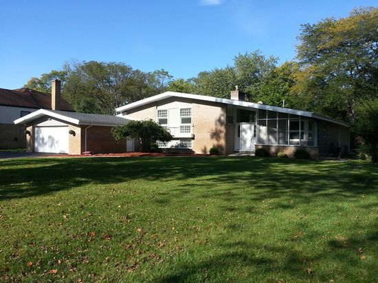 626 Burns Ave, Flossmoor, IL 60422