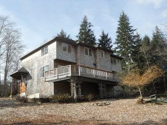 9525 Willowbrook Dr, Tillamook, OR 97141