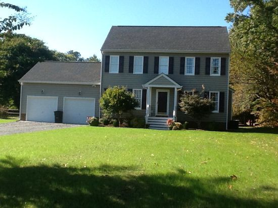 8240 Brown Ave, West Point, VA 23181