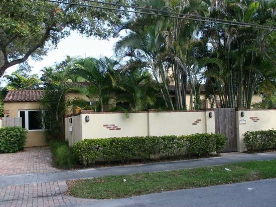 912 SE 9th St, Fort Lauderdale, FL 33316