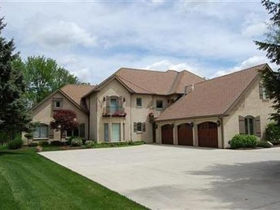 605 Swailes Rd, Troy, OH 45373