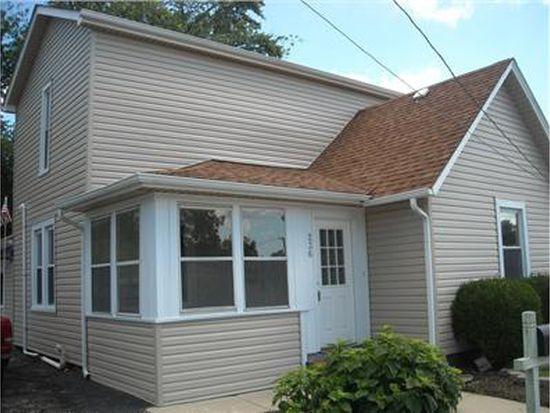 236 Kane St, South Elgin, IL 60177