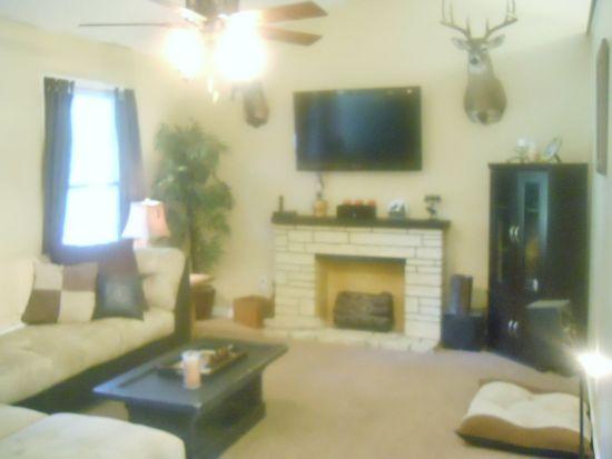 19295 Monroeville Rd, Ruther Glen, VA 22546