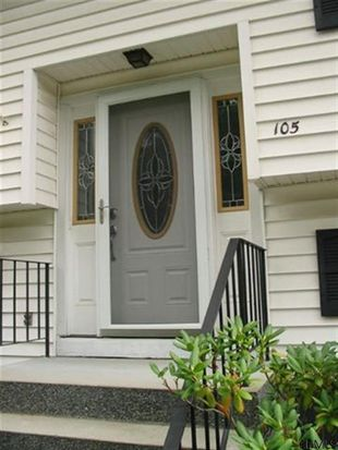 105 Wilkins Ave, Colonie, NY 12205