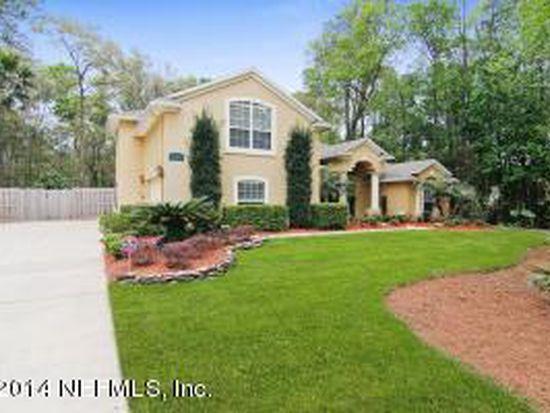 5325 Winrose Falls Dr, Jacksonville, FL 32258