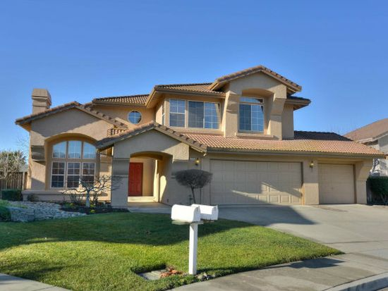 17375 Serene Dr, Morgan Hill, CA 95037