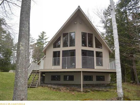 76 Cottage Rd, Winthrop, ME 04364
