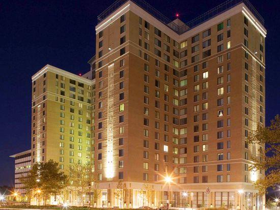 6515 Belcrest Rd, Hyattsville, MD 20782