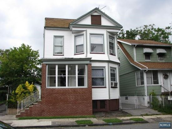 75 Crawford St, East Orange, NJ 07018
