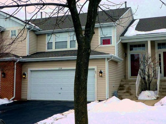 254 Weather Hill Dr, Willowbrook, IL 60527