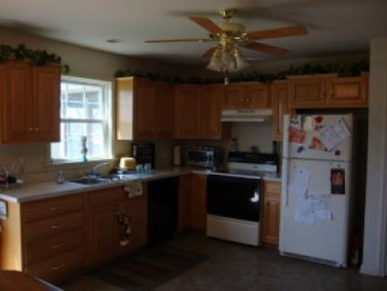 237 Meadow Ln, Quarryville, PA 17566