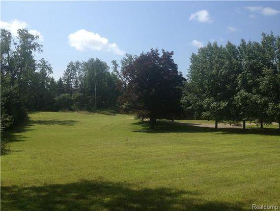 351 W Long Lake Rd, Bloomfield Hills, MI 48304