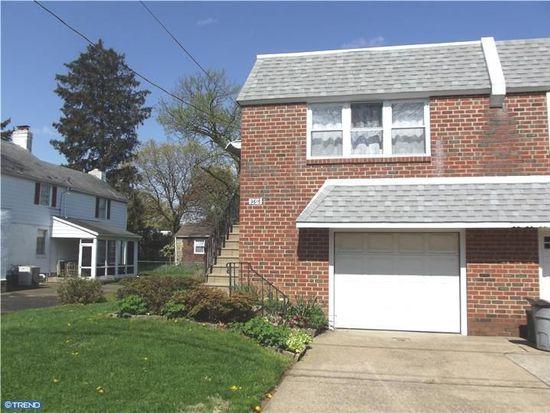 9616 Chapelcroft St, Philadelphia, PA 19115