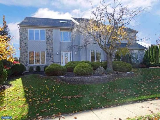 11 Thoroughbred Dr, Holland, PA 18966