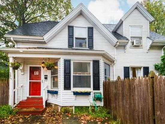 38 1/2 Bow St, Beverly, MA 01915
