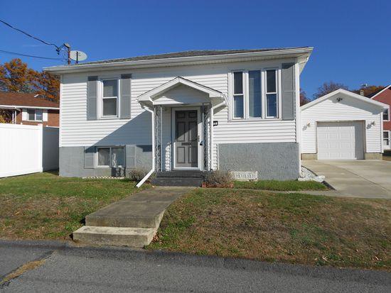 211 Hill St, Dupont, PA 18641