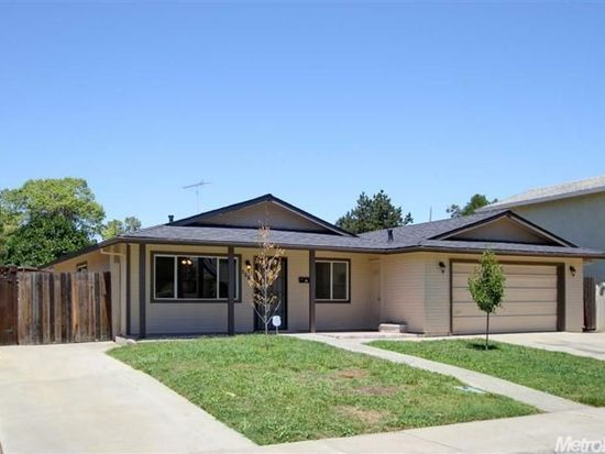 1393 Colette Way, Woodland, CA 95776