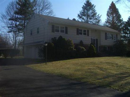 5 Fairhaven Dr, Morris Plains, NJ 07950