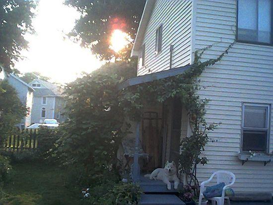 16 Seaview Ave, North Kingstown, RI 02852