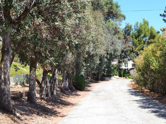 3329 Villa Grove Dr, Altadena, CA 91001