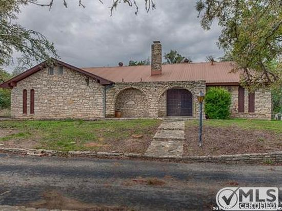 38 Old San Antonio Rd, Boerne, TX 78006