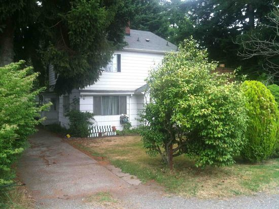 2728 NE 130th St, Seattle, WA 98125