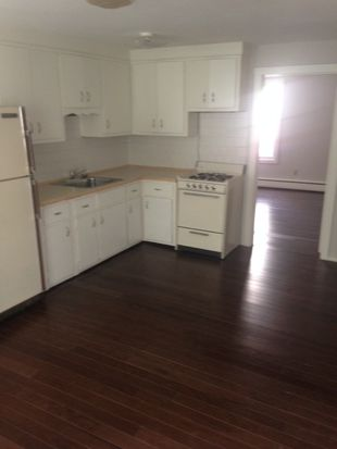 229 State St APT 1, New Bedford, MA 02740