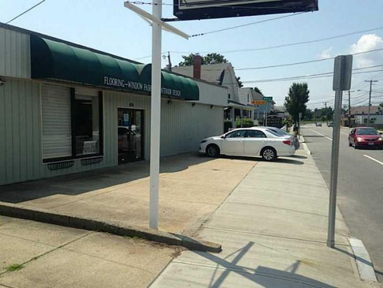 474 N Broadway, East Providence, RI 02914