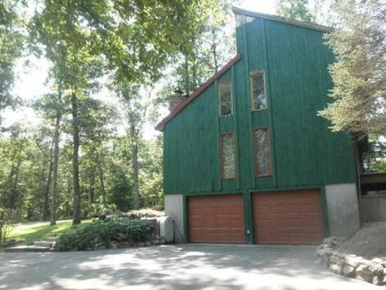39 Cowell St, Plainville, MA 02762