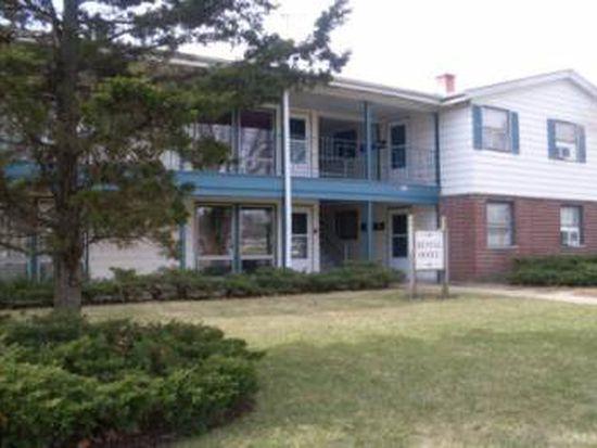 517 Maple Ave APT 6A, Carpentersville, IL 60110