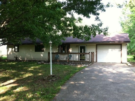 5195 Case Rd, North Ridgeville, OH 44039