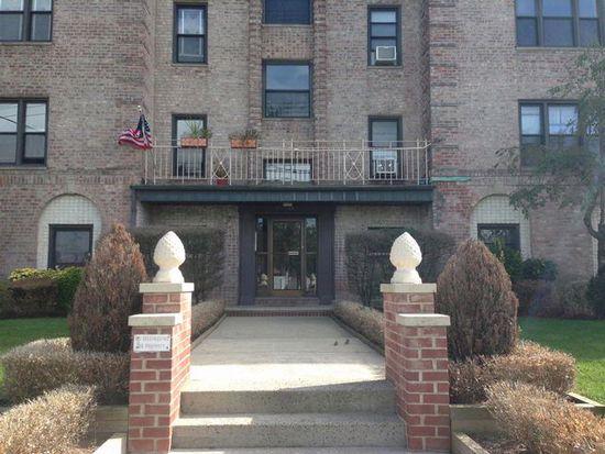 12811 Newport Ave APT 3B, Belle Harbor, NY 11694