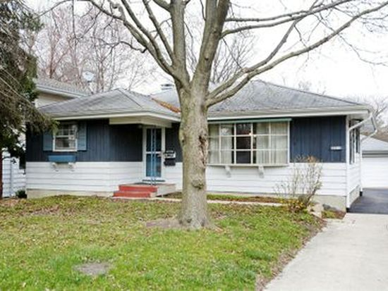 4413 Prospect Ave, Downers Grove, IL 60515