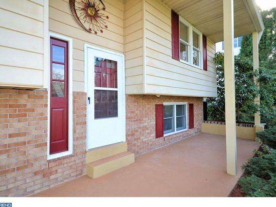 121 Maryhill Rd, Phoenixville, PA 19460