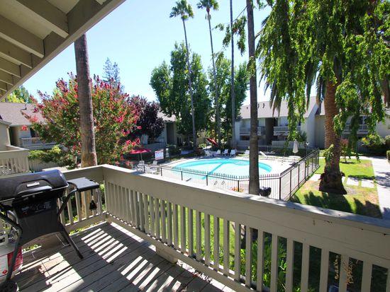 2562 Walnut Blvd APT 60, Walnut Creek, CA 94596