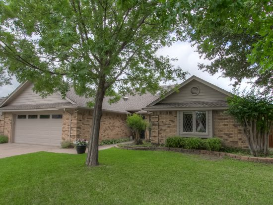 1309 Highland Dr, Mansfield, TX 76063