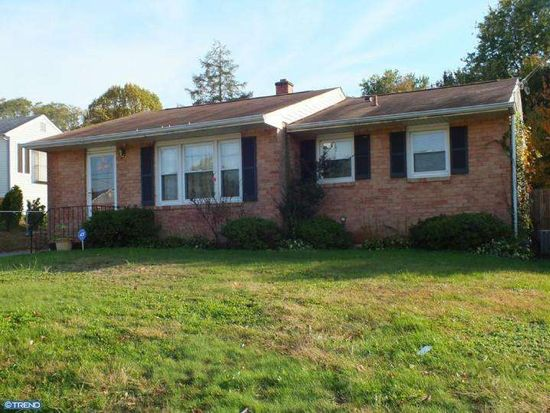 15 Old Manor Rd, Newark, DE 19711