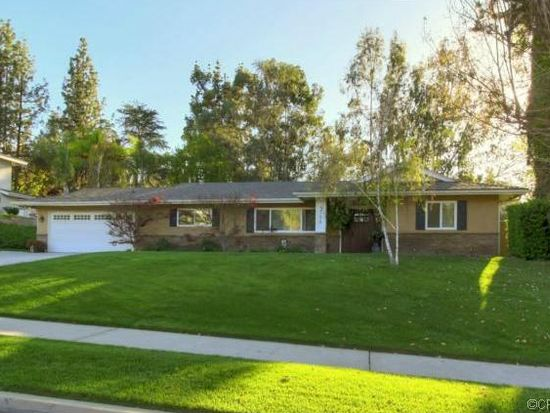 1306 S Center St, Redlands, CA 92373