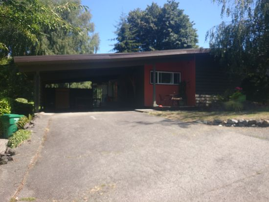 10810 12th Ave NW, Seattle, WA 98177