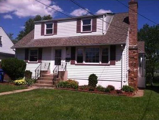 530 Watson Ave, Woodbridge, NJ 07095