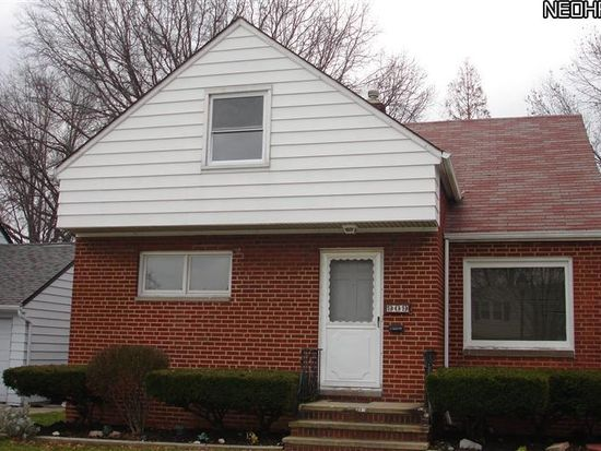 909 E 214th St, Cleveland, OH 44119