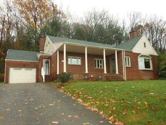 1903 Oak Rd, Pottsville, PA 17901
